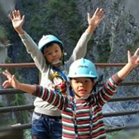 —mum of Jordan (age 8, My P3 English Class) and Joshua (age 6, My P1 English Class)